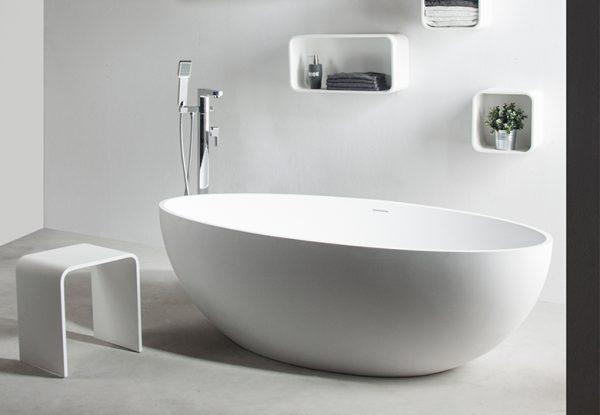290032 Solidellipse bath 1800