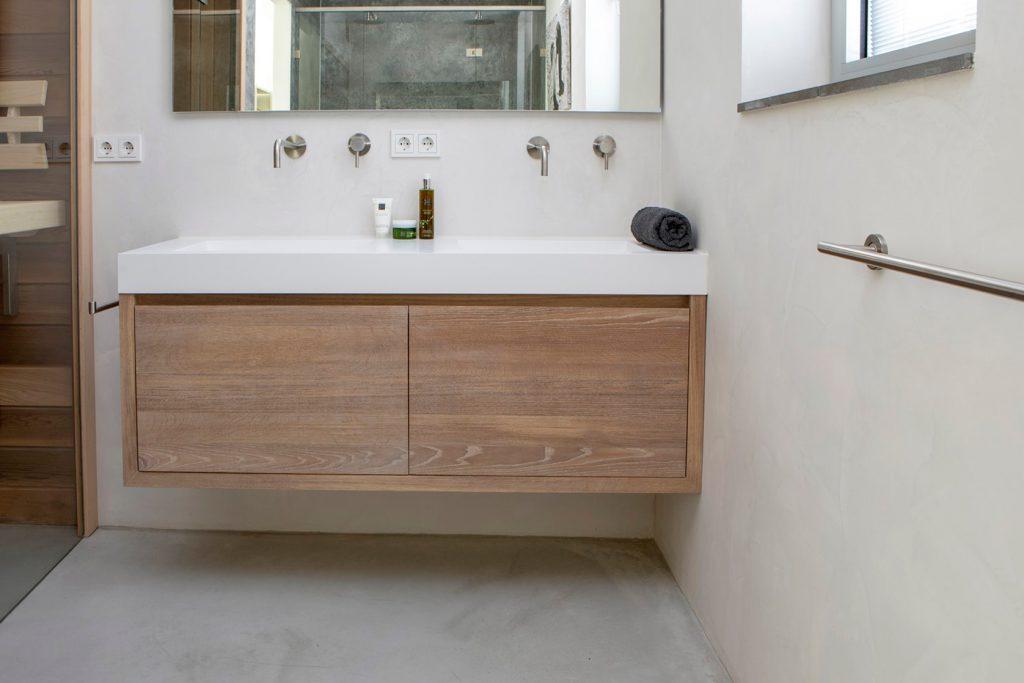 eikenhouten badkamermeubel